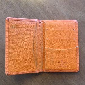 c1924f2ca0e5 Louis Vuitton Accessories - Louis Vuitton pocket organizer epi leather